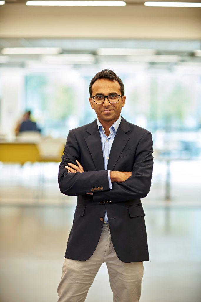 Dr Ravinda Gupta
